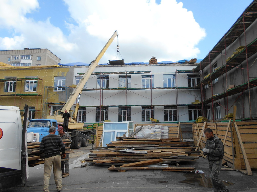 Чем отличается текущий и капитальный ремонт фасада